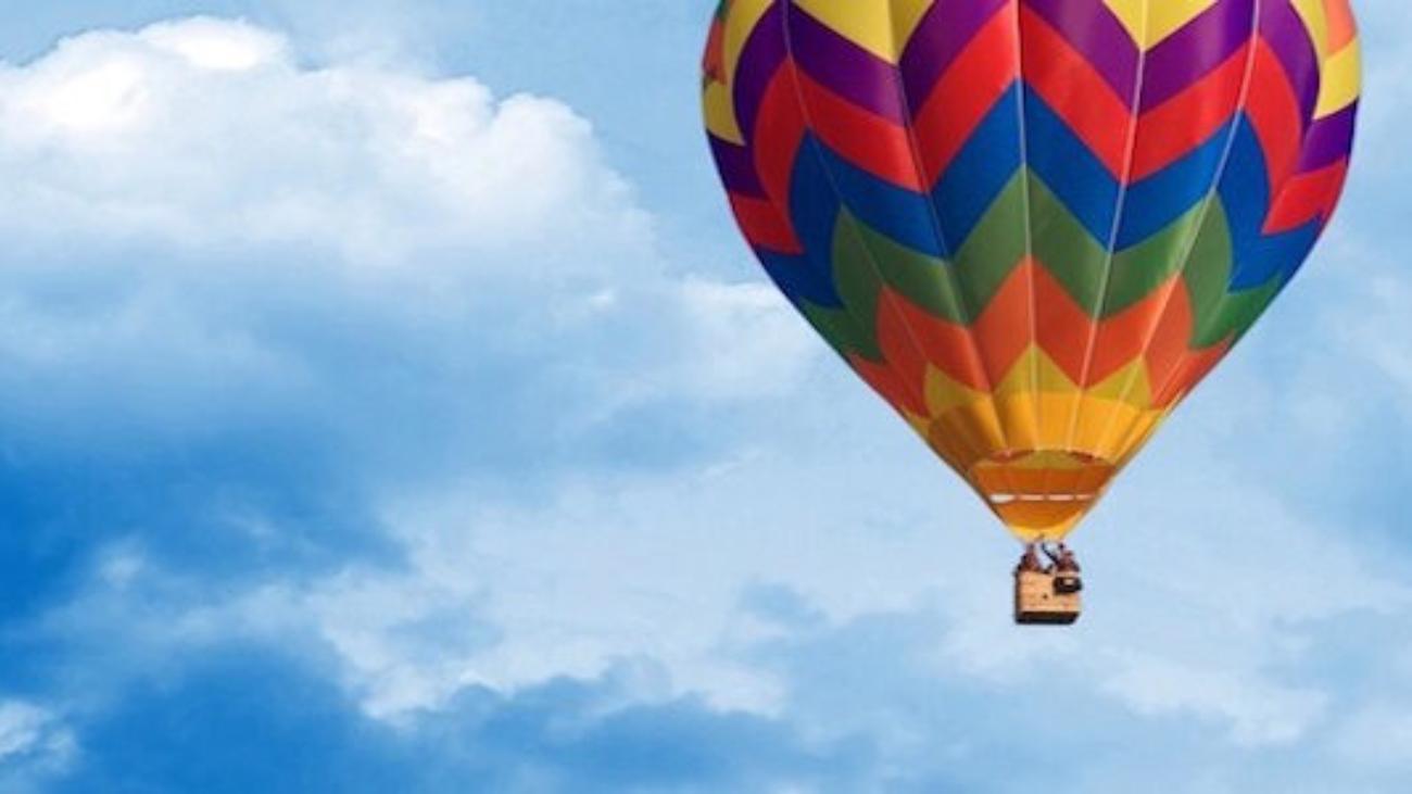 hot-air-balloon-solo-balloon-flight-570x300